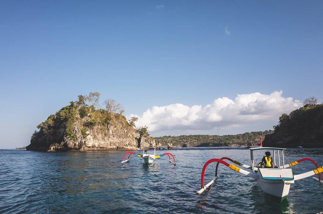 Crystal bay snorkel boats on Nusa Penida island