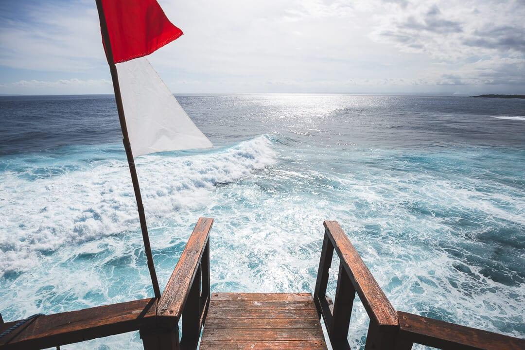 Jumping platform at Mahana Point on Nusa Ceningan Bali