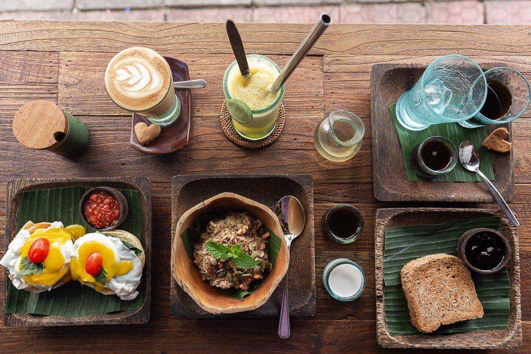 atman kafe breakfast ubud bali