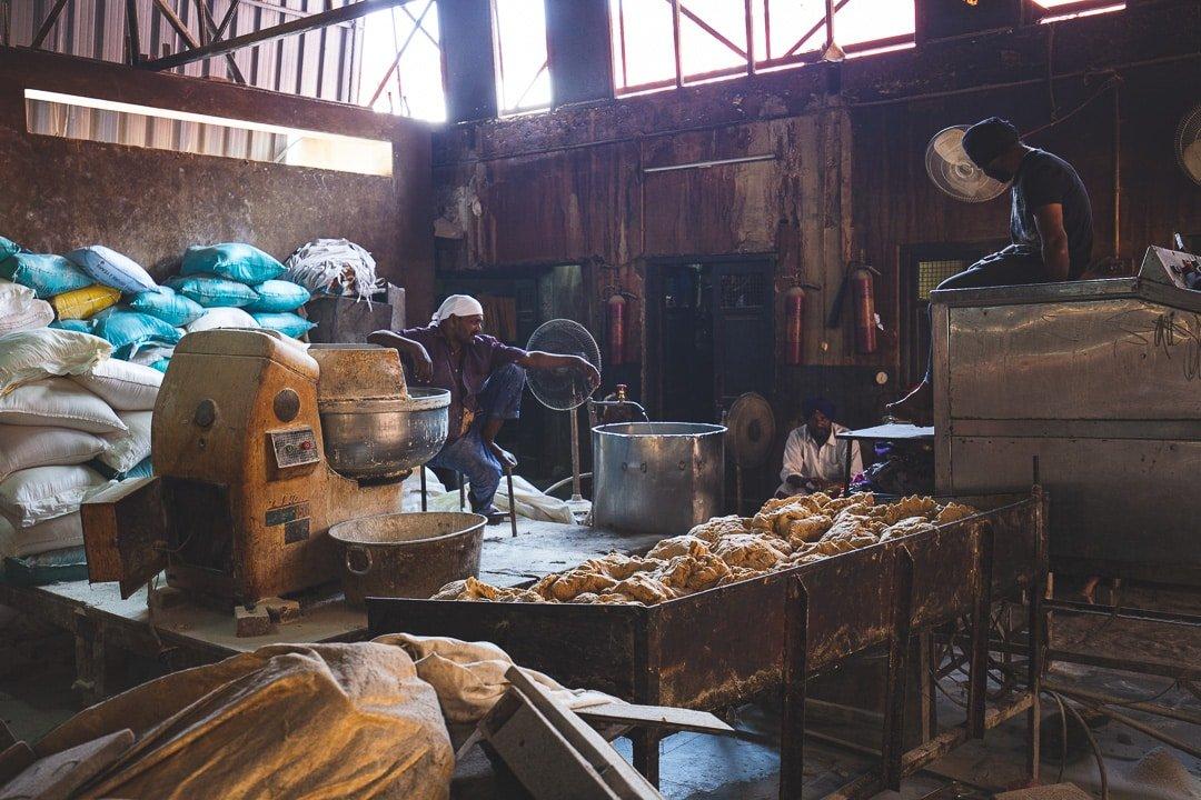 Chapati roti makers Gurudwara Amritsar