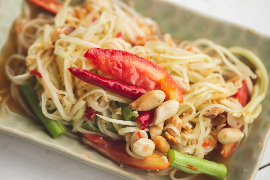 Som Tam Thai - Green Papaya Salad, Thai Foods you Must Try in Bangkok