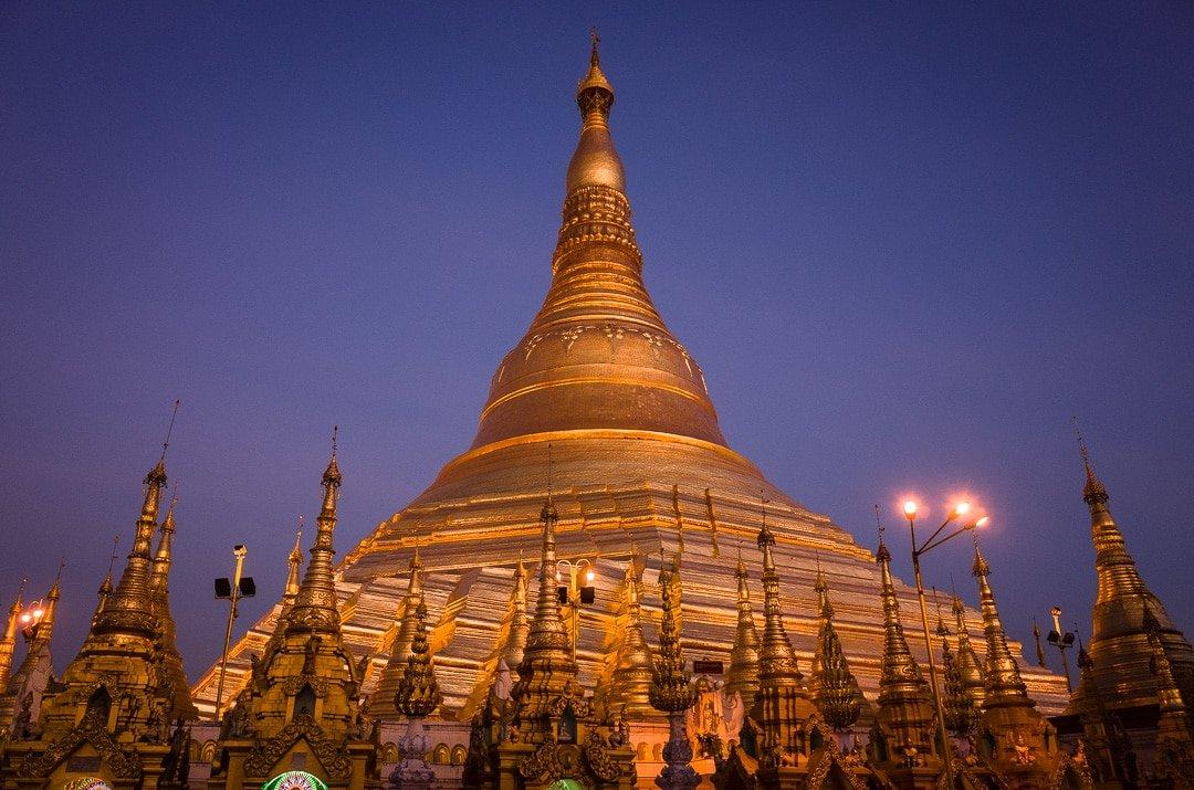 Shwedagon Pagoda at night in Yangon