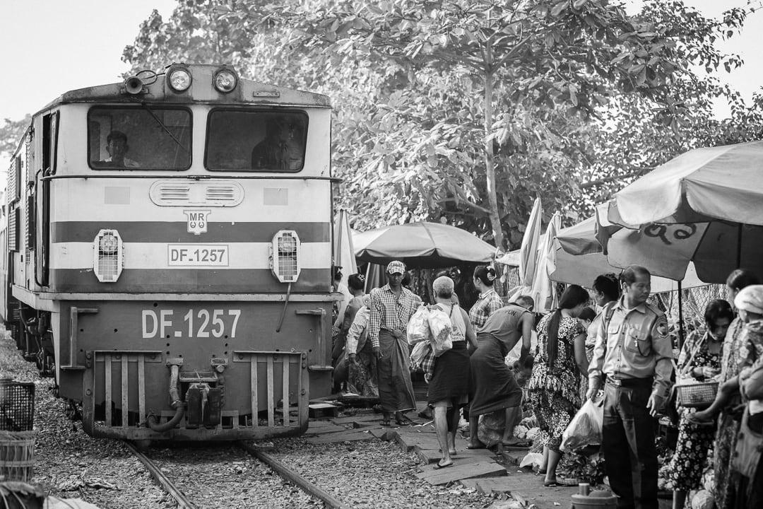 Danyingon train station