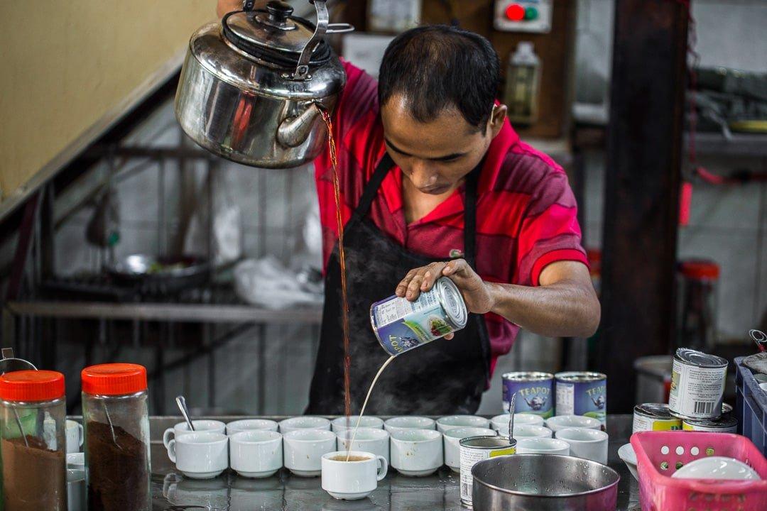King teahouse in Yangon, Myanmar photo essay