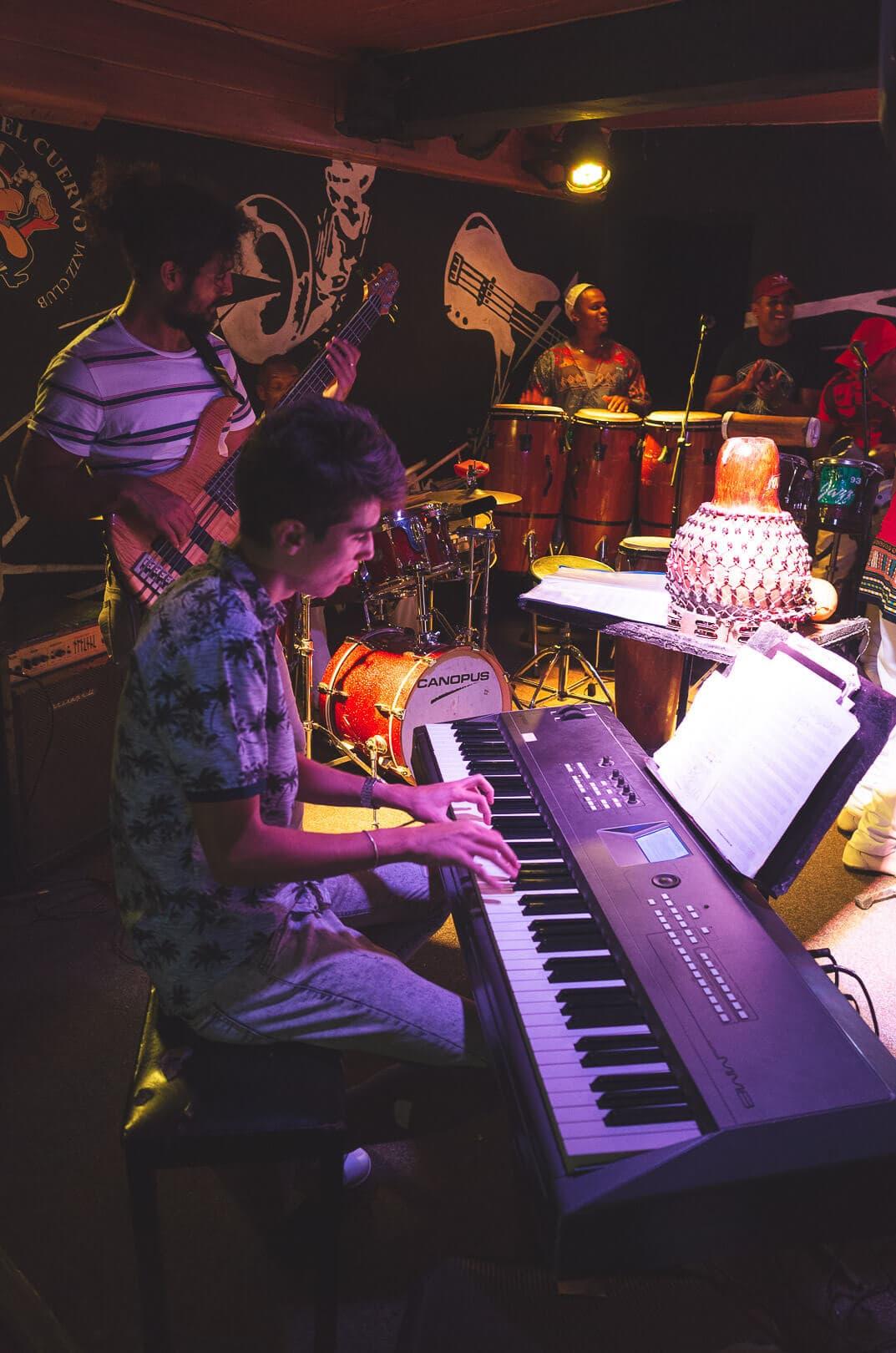 La zorra y el cuervo jazz club Havana