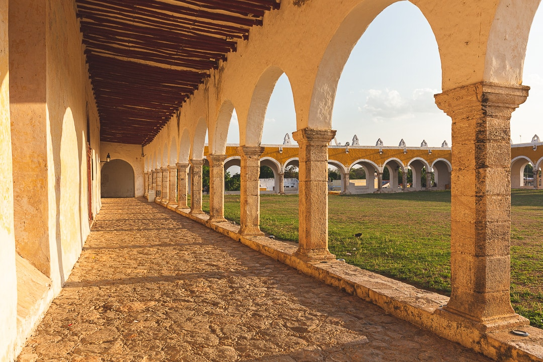 Hallway inside Convent San Antonio de Padua